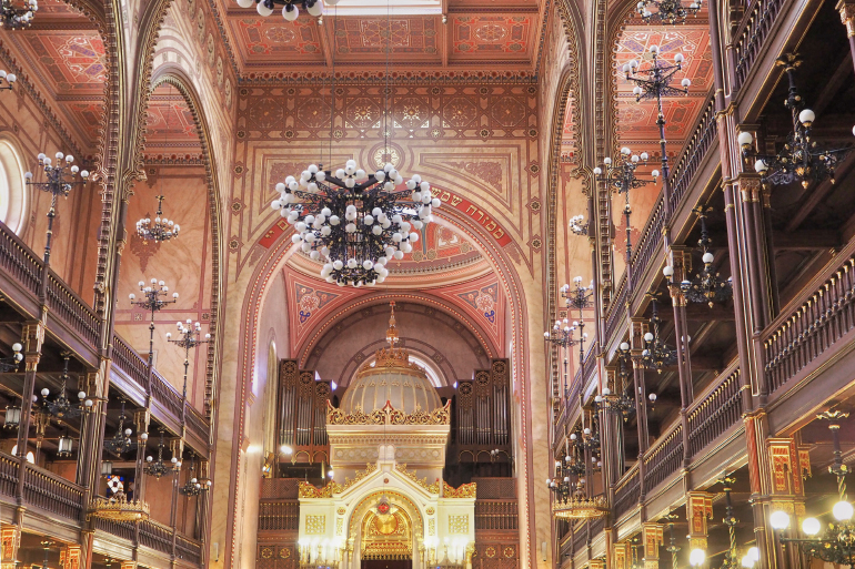 Intérieur de la grande synagogue de Budapest