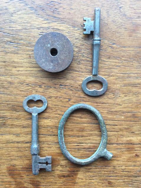 vintage finds - paperiaarre.com