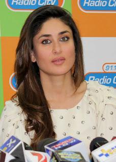 Bollywood Actors Movie Promotion Stills Kareena Kapoor (5)