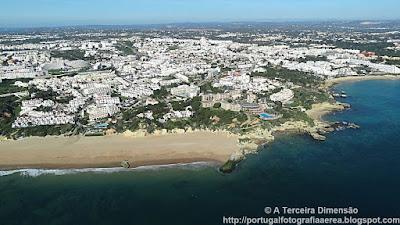 Praia da Oura e Areias de São João