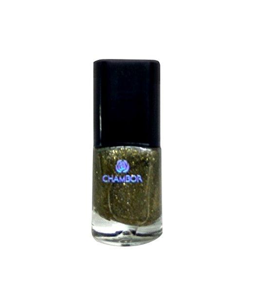 Rakhshanda-chamber of beauty/Top 10 Festive nail paints for Christmas & Holidays/Available in India