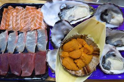 Melbourne, South Melbourne Market, sashimi uni oysters