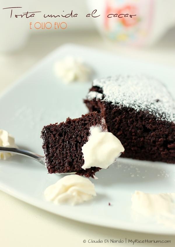 Torta umida al cacao e olio evo