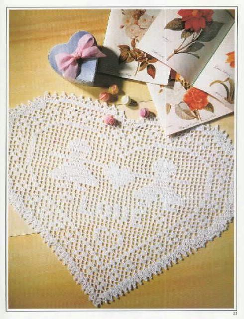 Napperon coeur au crochet