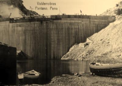 Pantano pena beceite valderrobres antigua construcción presa barcas