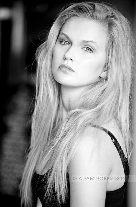 Hannah Martin Nude Photos 36