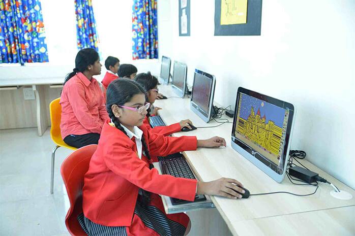 Pentingnya Belajar Ilmu Komputer Bagi Generasi Muda