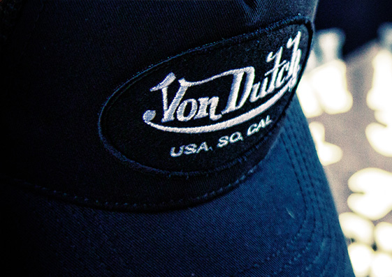 von-dutch, casquette-von-dutch, tee-shirt-von-dutch, t-shirt-von-dutch, von-dutch-cap, von-dutch-shoes, von-dutch-sneakers, von-dutch-moto
