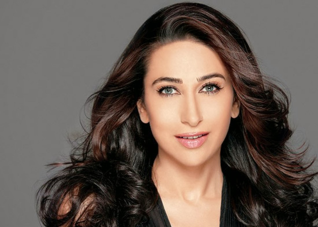 Wallpaper Autumn Karishma Kapoor Hd Wallpapers Free Download-1765