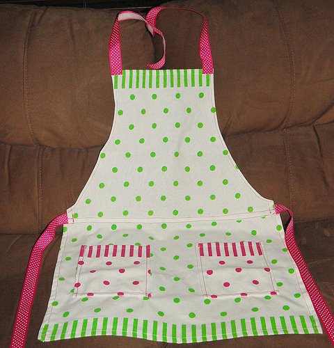 Placemat Apron & Giveaway | While He Was Napping