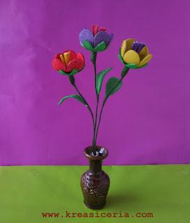 Cara Membuat Kreasi Bunga dari Busa Hati atau Sponge Eva