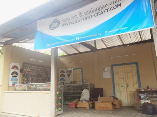 Ko Souvenir Gelas Beling Bening Di Yogyakarta Reviewed By Mark Mambu