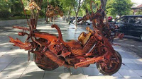 https://www.economicfinancialpoliticalandhealth.com/2018/03/offered-4000-more-motorcycle-shaped.html