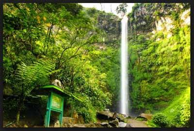 wisata air terjun dan camping coban rais