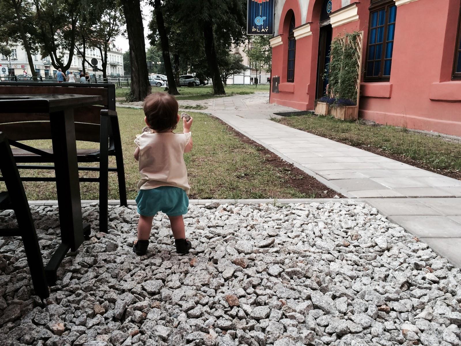 Zmiany zmiany zmiany, a z czym związane?! Zdjęcie dziecka w internecie...