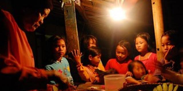 Wujud Nyata Kesuksesan Jokowi, Tinggal 4 Persen Populasi Indonesia belum Nikmati Listrik