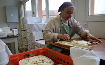 Giải thích về vấn đề Bánh Lễ ở thời điểm hiện tại và về Bức Thư về vấn đề Bánh và Rượu Lễ