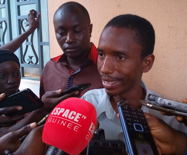 Mamadou Samba Sow porte-parole du collectif des journalistes licenciés.