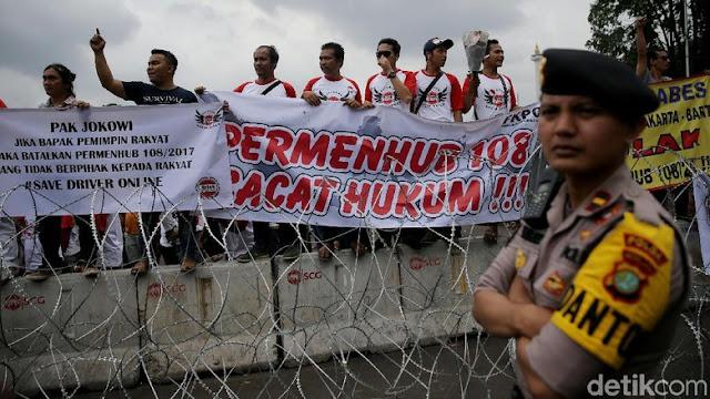 Aliando Demo Tolak Aturan Taksi Online, Luhut: Saya Heran - Info Presiden Jokowi Dan Pemerintah