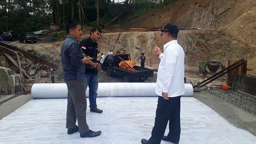 Jembatan Padang Lapai Kayu Tanam Hampir Siap