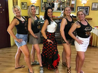 malaga-flamenco-lesson-hen-party
