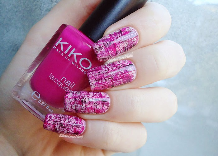 Pink dry brush nail art