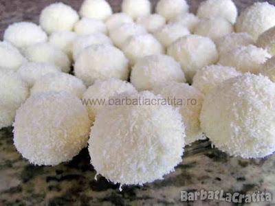 Bomboane cu cocos si migdale (imaginea retetei)
