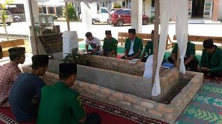 Pemuda Ansor Padang Pariaman Ziarahi 6 Makam Ulama