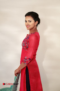 Actress Sshraddha Srinath Latest Picture Gallery  0010.jpg