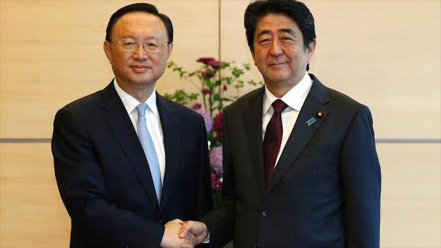 """Japón pide a China un rol """"constructivo"""" ante retos de Pyongyang"""