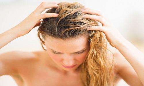 Massagem Capilar Com Vitaminas para o Cabelo Crescer Rápido