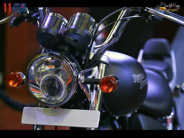 Royal Enfield Thunderbird 500 projector light