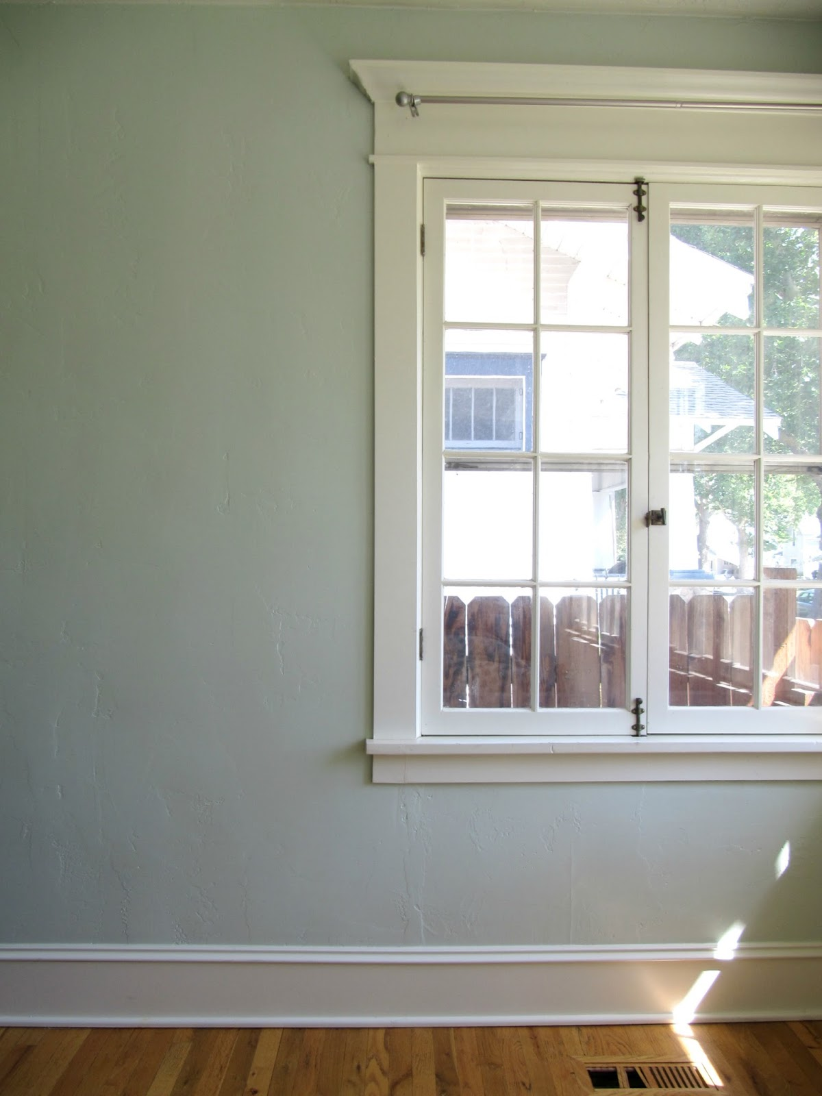 New Paint Amp Clean Windows In The Office The Wicker House