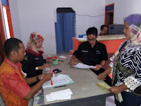 Terima Bantuan PKH, Lilis Sumarti Bersyukur Bahagia