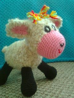 Amigurumi lammas ja oinas.