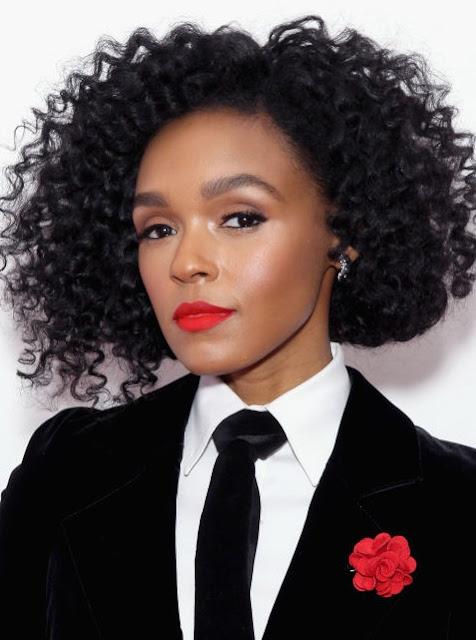 model rambut pendek keriting warna hitam