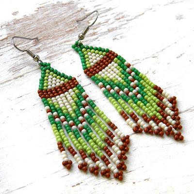купить зеленые серьги из бисера зеленого цвета украшения бохо этно