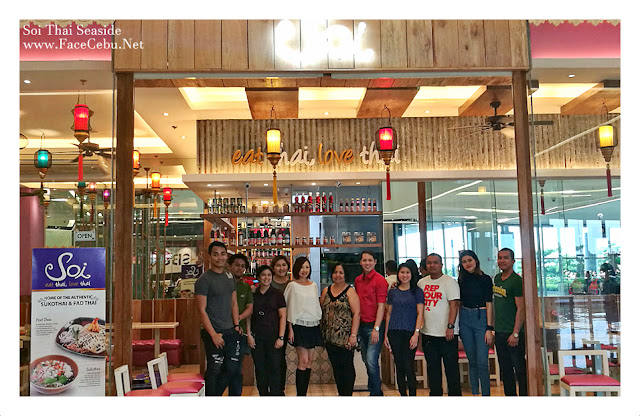 CBS Bloggers with Soi Restaurant Owner, Ms. Jocelyn Puyat