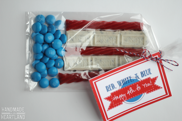 Flag Treat Bags for the 4th of July with free printable