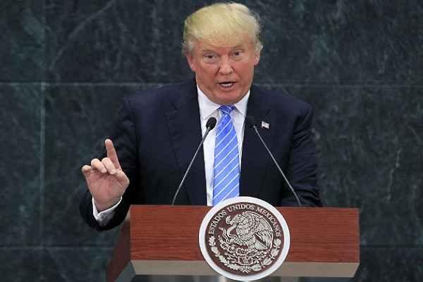 डोनाल्ड ट्रम्प ने फेक मीडिया चैनलों को वाइट हाउस प्रेस वार्ता में घुसने पर रोक लगाई