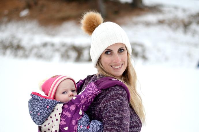 babywearing, snow babywearing, madame googoo