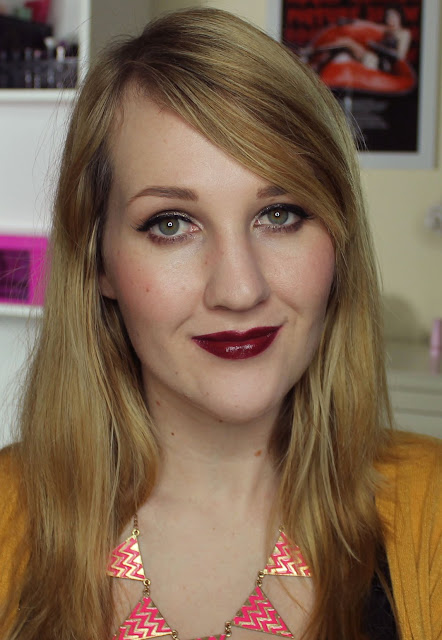 L'Oreal Project Runway Lipstick - Charming Cockatoo's Pout - Swatches & Review