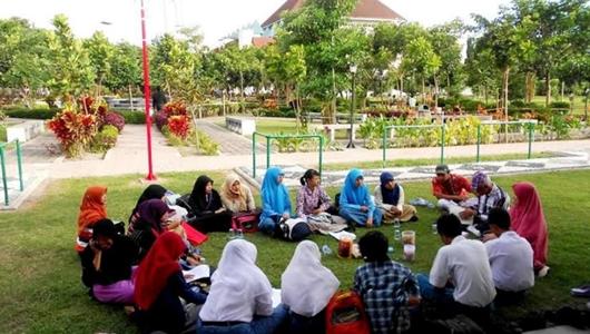Rayakan Milad ke-7, FAM Indonesia Gelar 'Writing Camp' di Kampung Lawas Maspati Surabaya