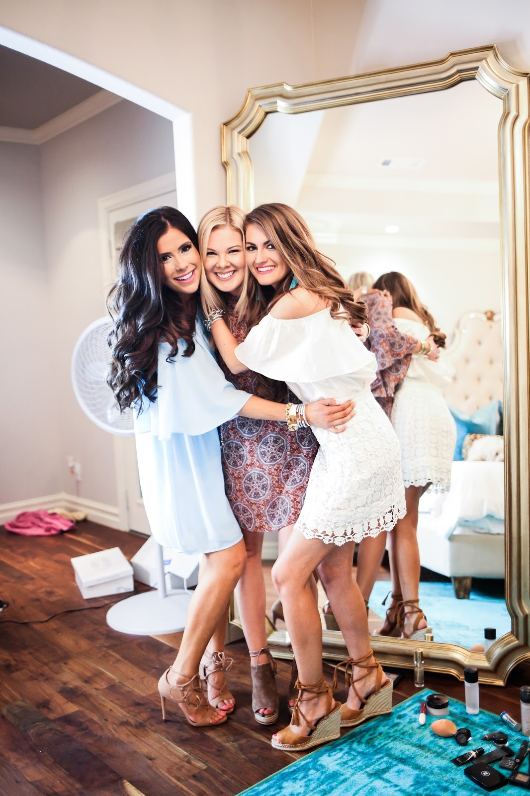 beauty must haves for girls night out the sweetest thing bloglovin. Black Bedroom Furniture Sets. Home Design Ideas