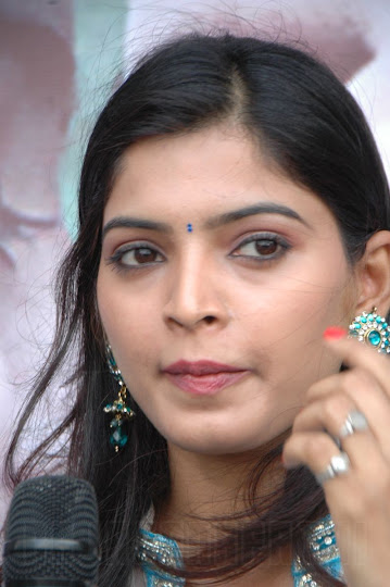 Movie actress sanchita shetty nude video - 2 part 6