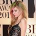Avril Lavigne está siendo insultada por una teoría conspirativa