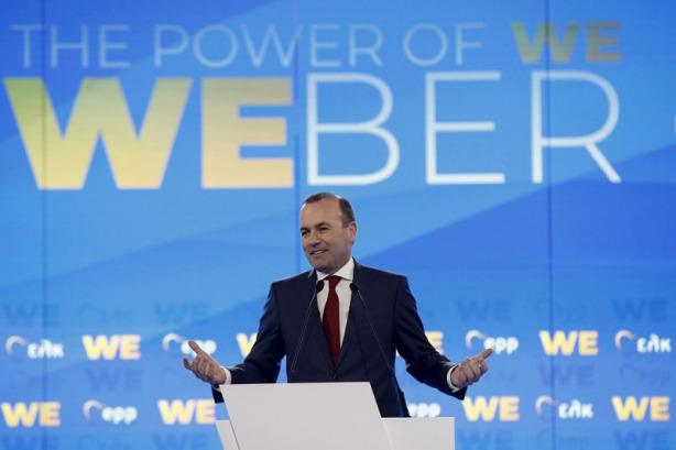 A fő lengyel ellenzéki erő mellett kampányolt Varsóban Manfred Weber