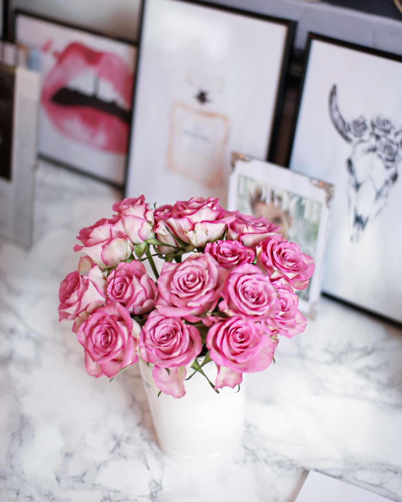 blush and pink bouquet of gorgeous roses in bloom