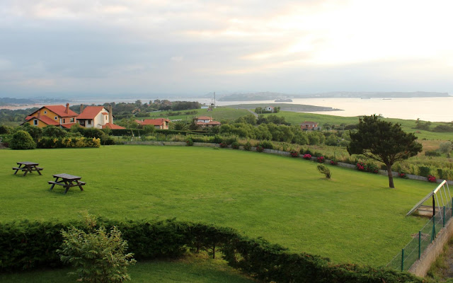 Vistas a la bahía de Santander desde Langre. Hotel el Ribero de Langre. Cantabria