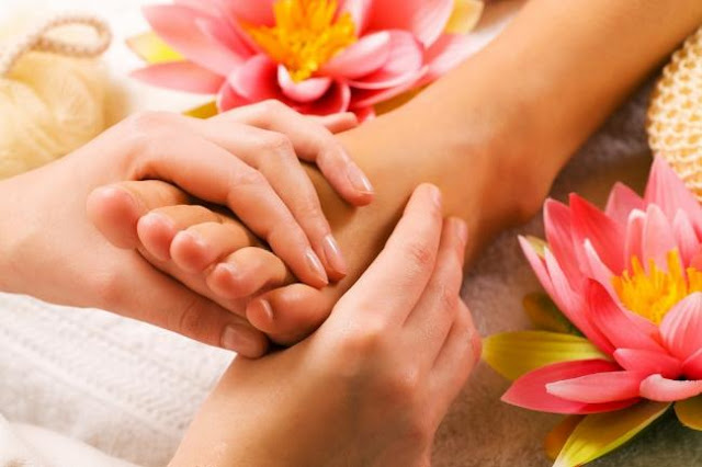 Ways to Treat Your Feet Right - How to Take Care of Feet
